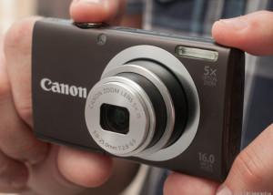 compact canon camera